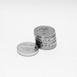 Деньги это – товар уникальный