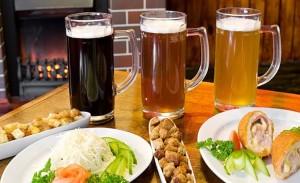 пиво с закусками